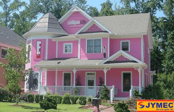 nhà được sơn màu hồng